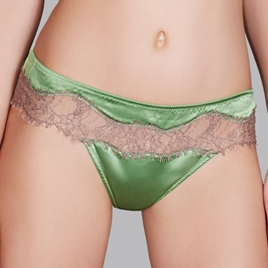 Andres Sarda Recife String Parrot